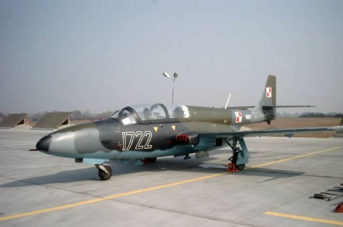 TS-11 Iskra nb 1722 użytkowany w Lotnictwie Polskiej Marynarki Wojennej do 2003r.. 2003r.