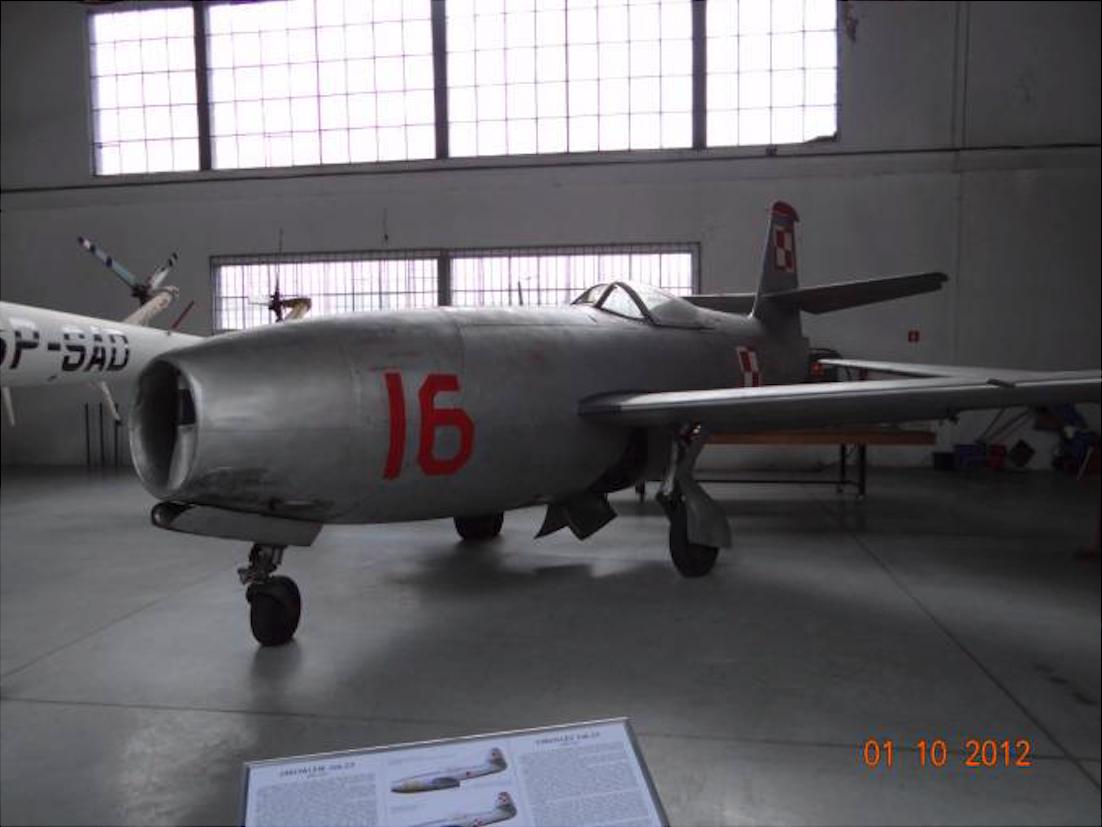 Jak-23 nb 16 Muzeum Lotnictwa Polskiego. 2012 rok. Zdjęcie Karol Placha Hetman