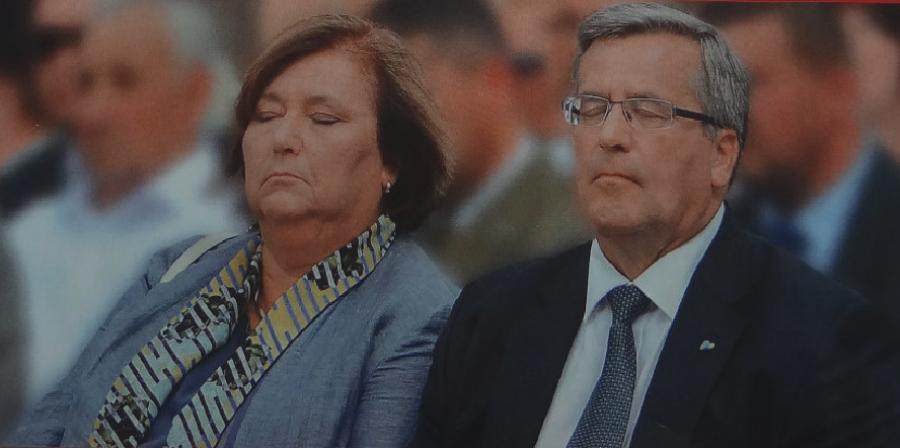 """Anna i Bronisław Komorowscy. Zdjęcie tygodnik """"W Sieci"""" 2015r."""