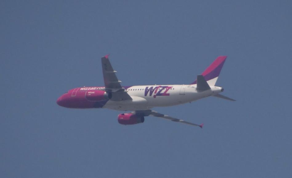 A-320 linii Wizz Air odlatuje z Lotniska Lublin. 2016 rok. Zdjęcie Karol Placha Hetman