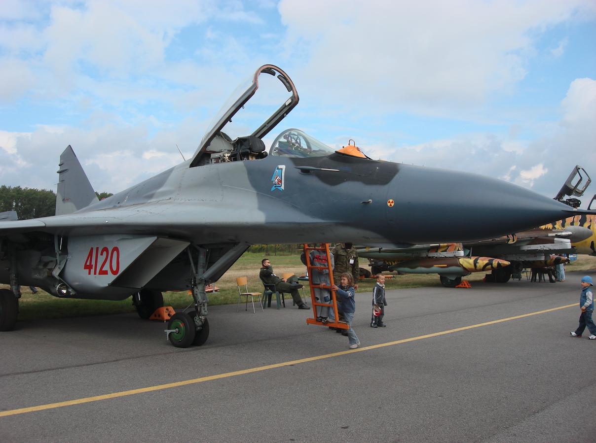MiG-29 nb 4120 z Malborka. 2007 rok. Zdjęcie Karol Placha Hetman