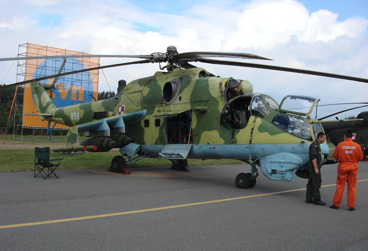 Mil Mi-24 Nb 956. 2007 rok. Zdjęcie Karol Placha Hetman