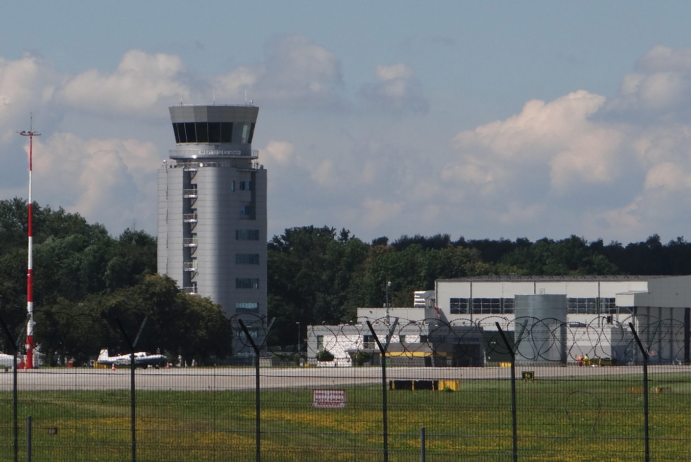 New airport control tower in Balice. 2020 year. Photo by Karol Placha Hetman