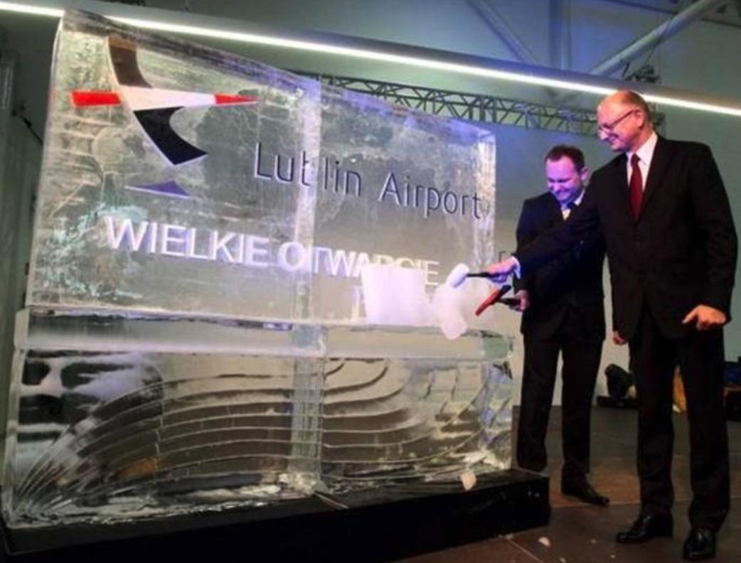 Uroczyste otwarcie Portu Lotniczego Lublin. 17.12.2012 rok. Zdjęcie Port Lotniczy Lublin