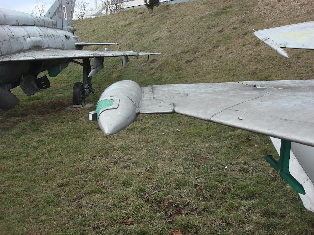 MiG-21 R nb 1125. Czyżyny 2009 rok. Zdjęcie Karol Placha Hetman