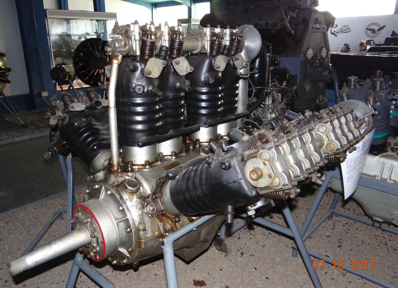 Silnik Lorraine-Dietrich 12 Eb, o mocy 450 KM. 2017 rok. Zdjęcie Karol Placha Hetman