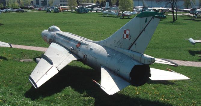 Su-7 BKŁ nb 806. Czyżyny 2009. Photo by Karol Placha Hetman