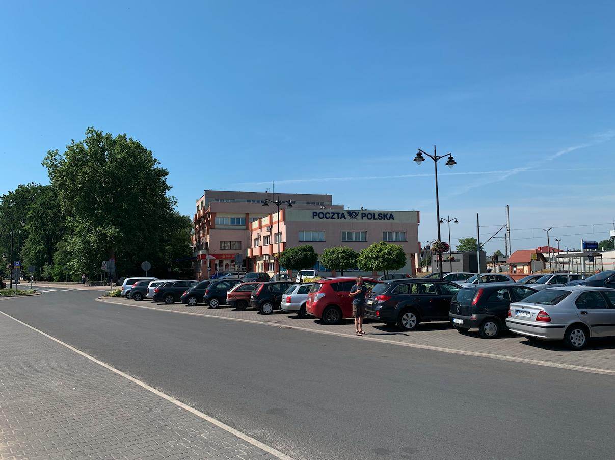 Leszno dworzec. Poczta Polska. 2021 rok. Zdjęcie Karol Placha Hetman