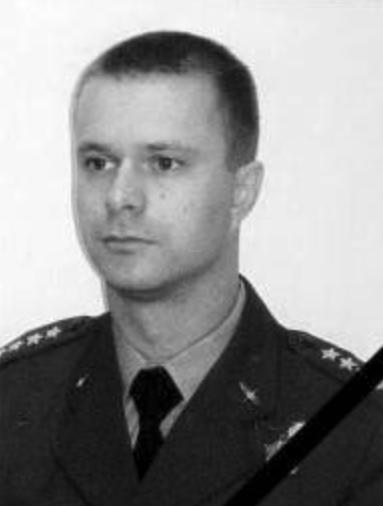 Captain pilot Arkadiusz Protasiuk - Captain of the crew.