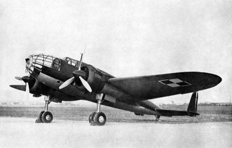 PZL-37 B Łoś. Pierwszy seryjnie budowany w PZL Mielec Polski samolot. 1939 rok. Zdjęcie LAC