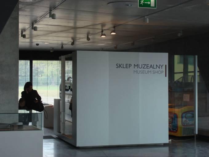 Sklep muzealny. 2010r.