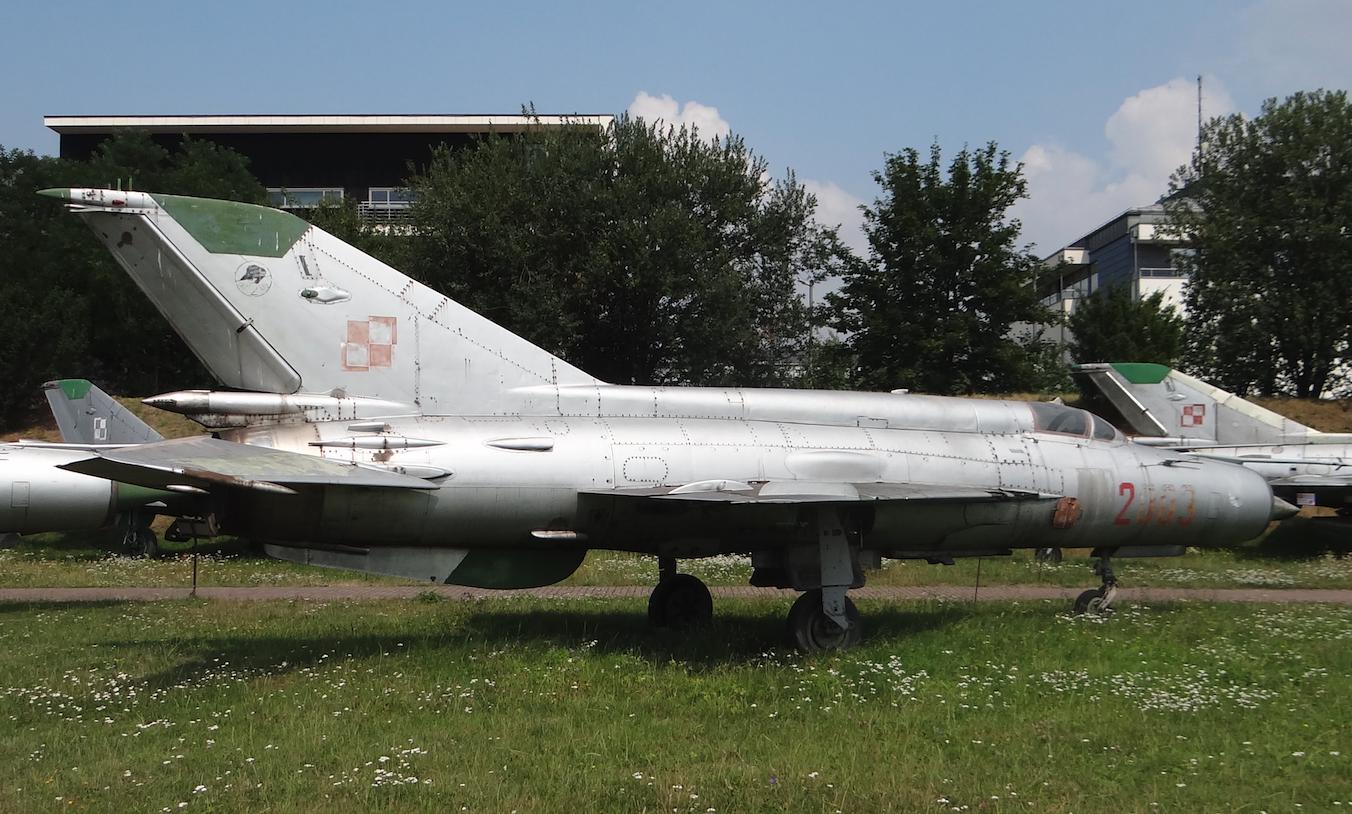 MiG-21 M nb 2003 nr 962003 w Czyżynach 2019 rok. Zdjęcie Karol Placha Hetman