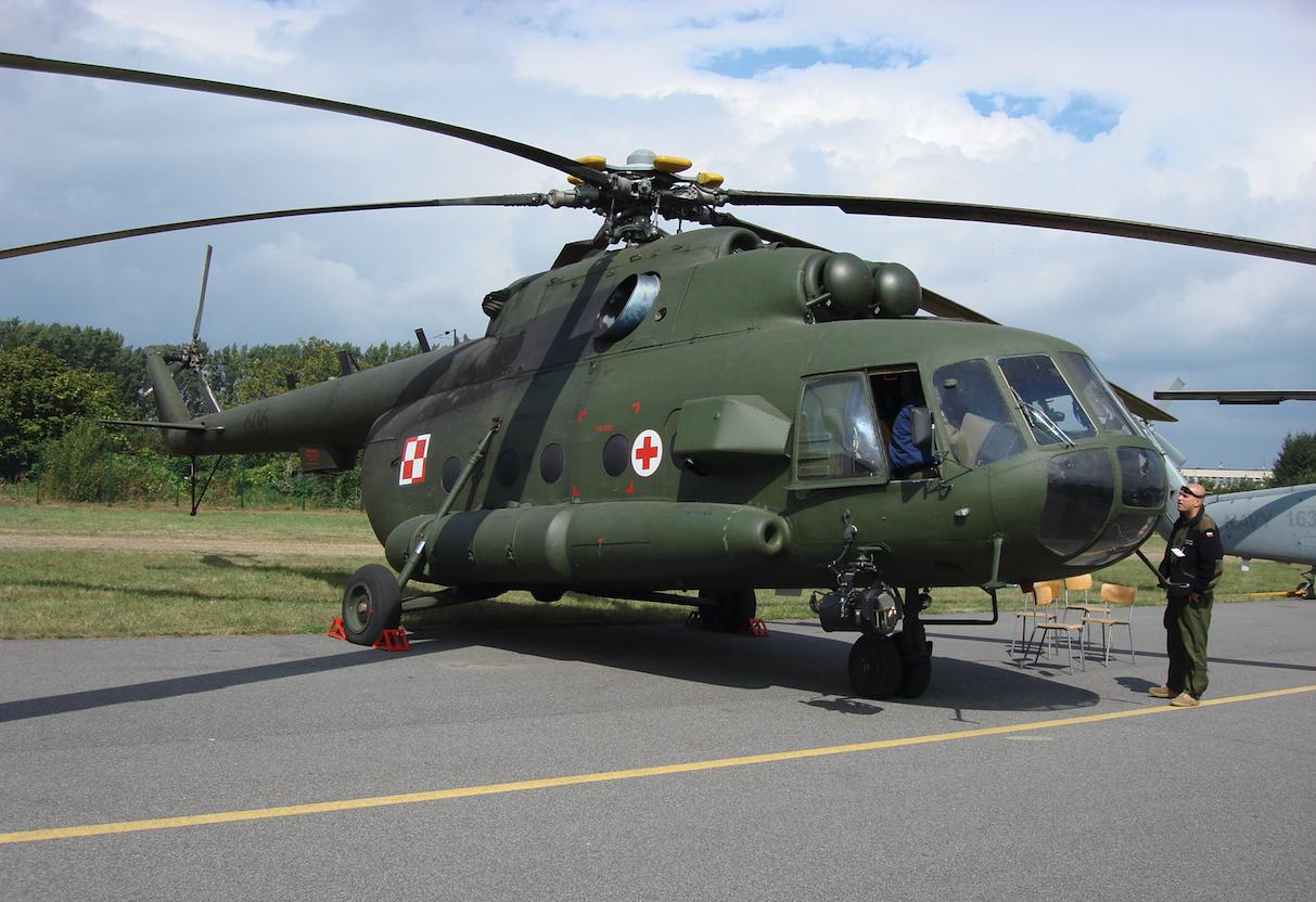 Śmigłowiec Mi-17 AE (Aero Ewakuacja) nb 606. 2007 rok. Zdjęcie Karol Placha Hetman