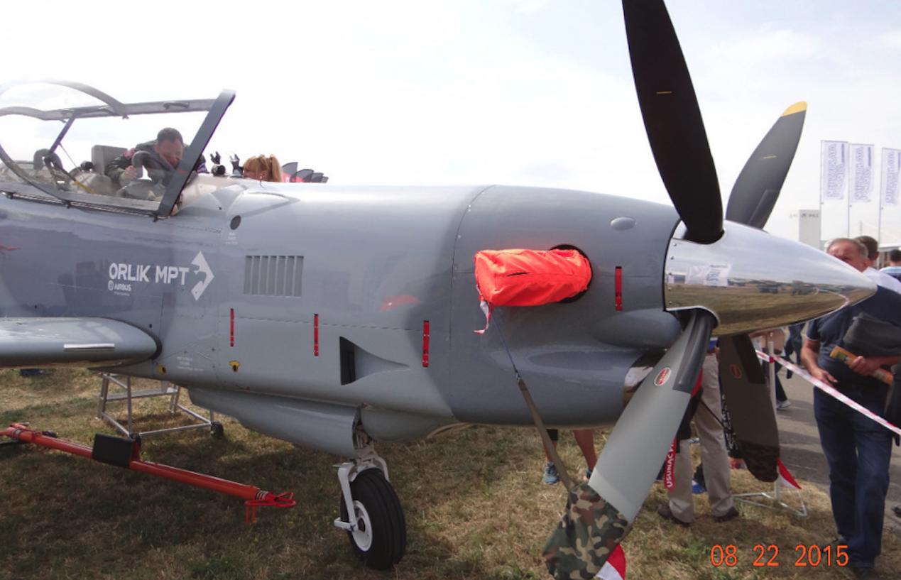 PZL-130 TC-II Orlik z silnikiem Pratt & Whitney Canada PT6A-25C o mocy 750 KM z 4-łopatowym śmigłem Hartzell. 2015 rok. Zdjęcie Karol Placha Hetman