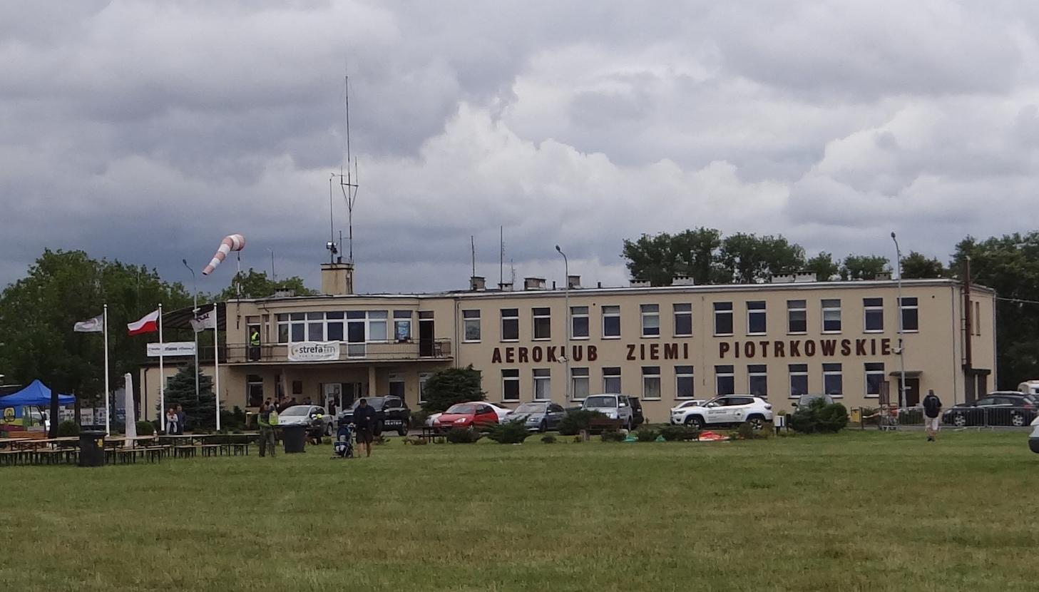 Lotnisko Piotrków Trybunalski. Port Lotniczy. 2018 rok. Zdjęcie Karol Placha Hetman