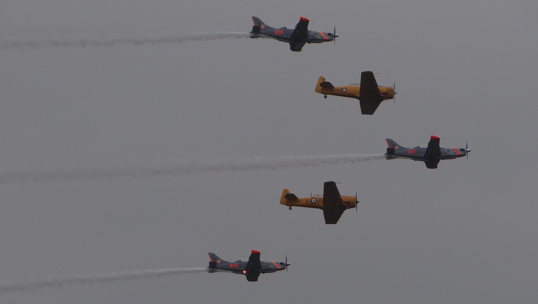 Zespół Orlik i samoloty Harvard. 2018 rok. Zdjęcie Karol Placha Hetman