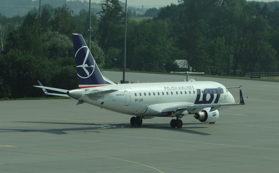 Embraer ERJ E-170 STD, rejestracja SP-LDG. 2012 rok. Zdjęcie Karol Placha Hetman