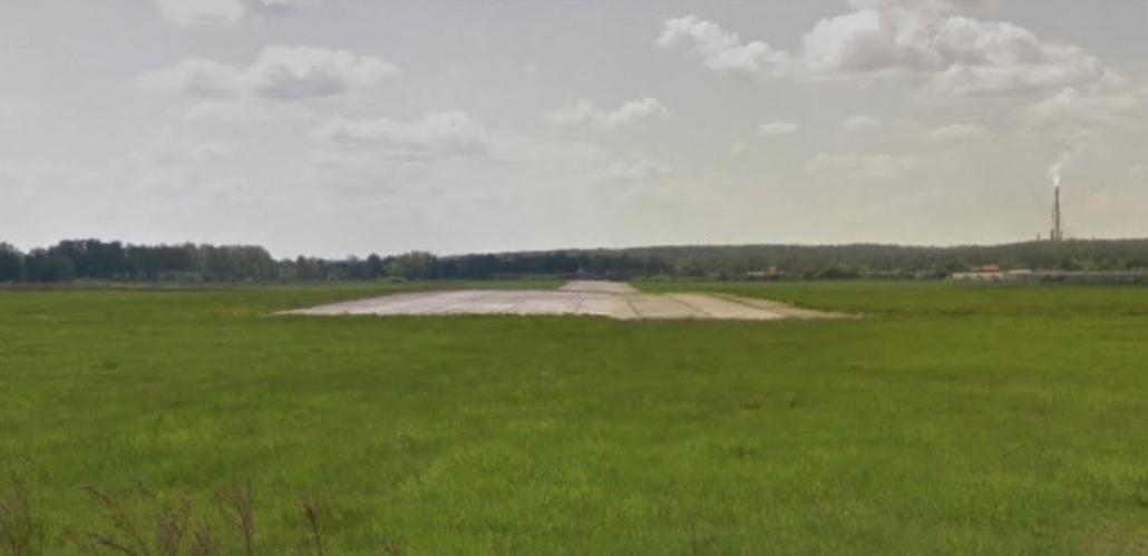 Lotnisko Legnica RWY. Widok w kierunku zachodnim. 2010 rok. Zdjęcie Karol Placha Hetman