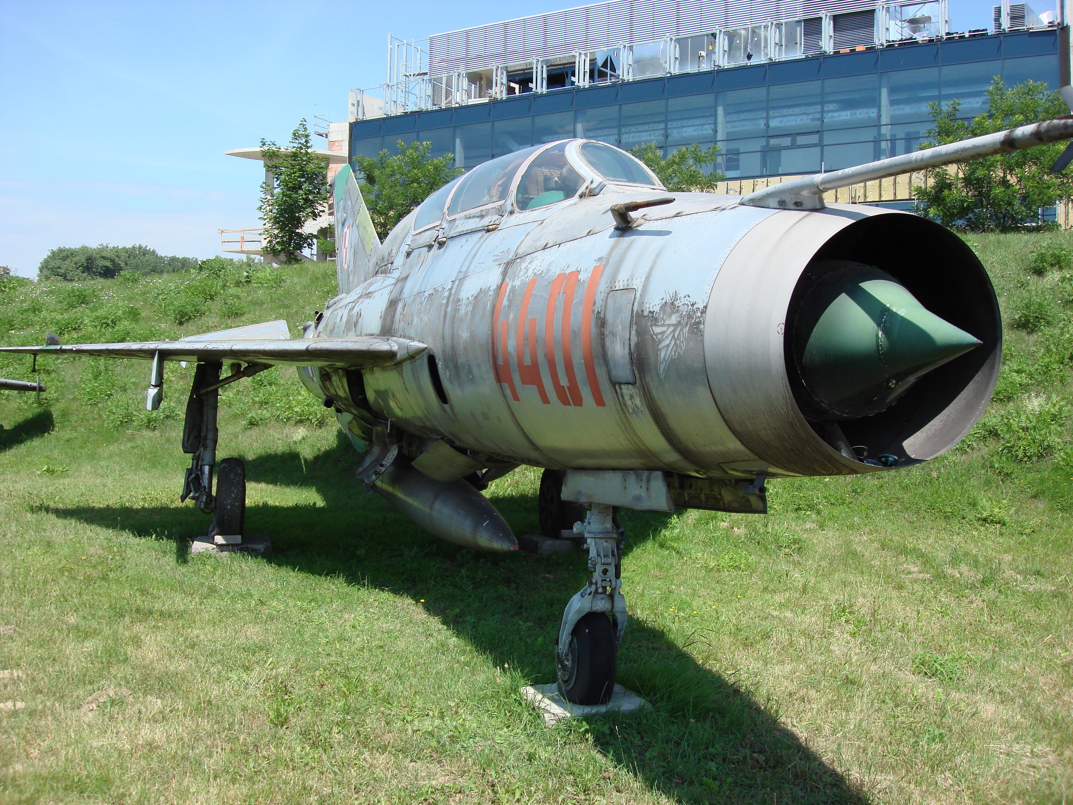 MiG-21 US nb 4401. Czyżyny. 2007 rok. Zdjęcie Karol Placha Hetman