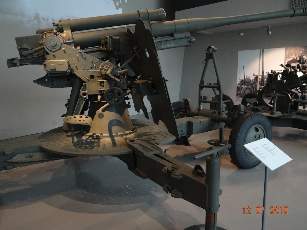 Armata przeciwlotnicza wz.1939 kal.85 mm. Zamość 2019 rok. Zdjęcie Karol Placha Hetman
