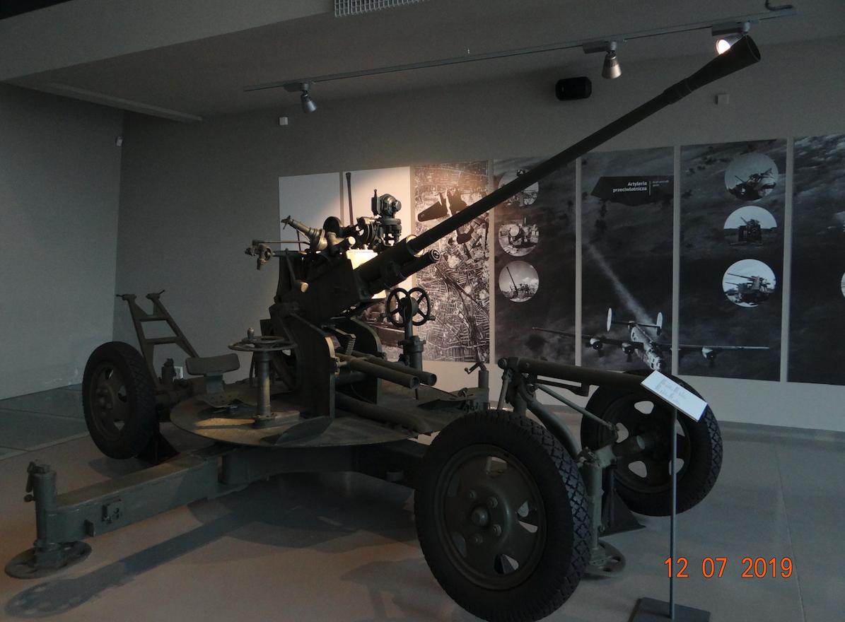 Automatyczna armata przeciwlotnicza wz.1939 kal.37 mm. Zamość 2019 rok. Zdjęcie Karol Placha Hetman