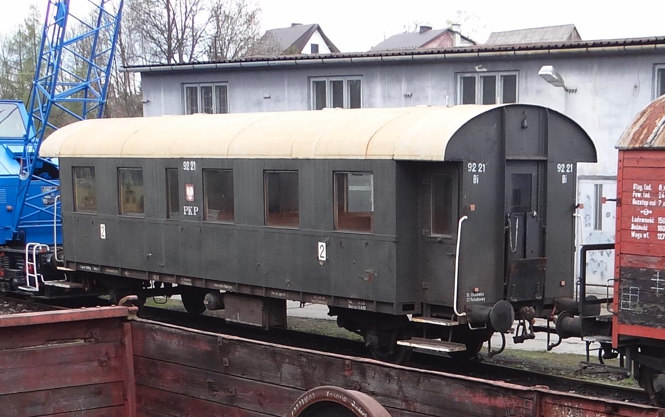 Wagon Bi 9221, klasa 2. Chabówka 2021 rok. Zdjęcie Karol Placha Hetman