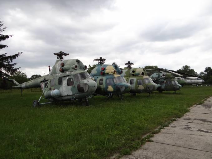 Śmigłowce Mi-2 Muzeum Lotnictwa Polskiego. 2012r.